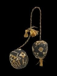 Poi taniko (percussive device) - Collections Online - Museum of New Zealand Te Papa Tongarewa Polynesian People, Flax Weaving, Rhythmic Pattern, Maori Designs, Maori Art, Textiles, Tribal Rug, New Zealand, Jewelry Art