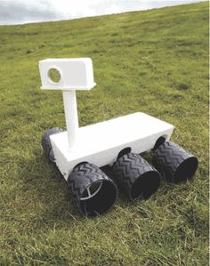 How to Build an Internet Controlled Mars Rover style Science Activities For Kids, Science Projects, Projects For Kids, Diy For Kids, Space Activities, Moon Buggy, Experiment, Mars Project, Nasa Curiosity Rover