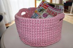 Häkelkorb XXL 31 cm, rosa von Spaßwerkstatt auf DaWanda.com