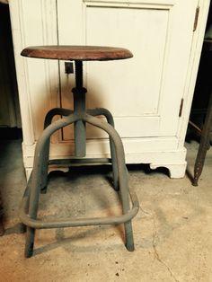 Oude krukken - Antieke, oude meubels - Collection - Benko oude antieke bouwmaterialen