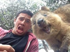"""HAVE THE BEST DAY EVER!!"" 