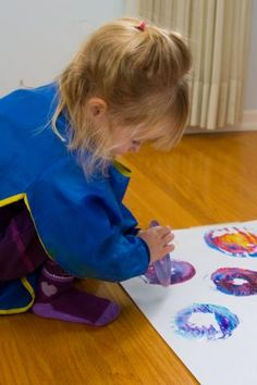 Spin Painting: Process-based preschool art...with a cd!