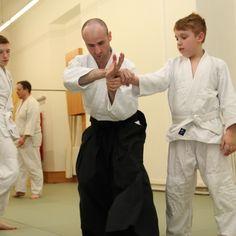 AIKIDO-KAMPFKUNST für Kinder in Wien Aikido, Vienna, Activities For Kids, Kids, Children Activities, Kid Activities, Petite Section, Kid Crafts