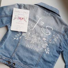 Customised Denim Jacket, Painted Denim Jacket, Black Denim Jacket Outfit, Hipster Wedding, Textiles, Denim Fashion, Tiffany Rose, Lisa, Diy Clothes