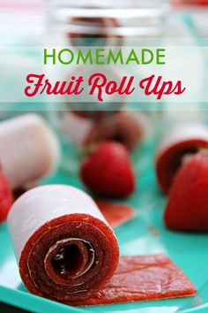 Fruit Roll Ups - Strawberry Fruit Leather FINALLY! Healthy, Homemade Fruit Roll Ups made from fresh fruit. Healthy, Homemade Fruit Roll Ups made from fresh fruit. Snacks Für Party, Lunch Snacks, Yummy Snacks, Yummy Food, Lunch Recipes, Detox Recipes, Healthy Afternoon Snacks, Healthy Snacks For Kids, Snack Ideas For Kids