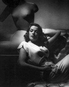 Vintage Movie Star Photos: The Legendary Glamour of George Hurrell Photography