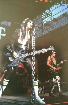 Blackie Lawless and Chris Holmes in W. The Last Command era Heavy Metal Rock, Heavy Metal Music, 80s Metal Bands, Glam Metal, 80s Rock, New Gods, Black Sabbath, Wasp, Glam Rock