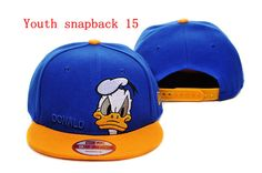New Era Custom Rare Disney Donald Duck. Mon Cheri, Donald And Daisy Duck, Branded Caps, Disney Duck, Hat For Man, New Era Hats, New Era 59fifty, Cute Hats, Animal Faces