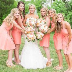 Circle of love ❤️❤️❤️. Coral crushing on this Virginia wedding.