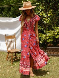 Bohemian Dressing for Boho Chic Style Lovers Style Bobo Chic, Look Boho Chic, Bohemian Style, Boho Gypsy, Hippie Boho, Backless Maxi Dresses, Floral Maxi Dress, Boho Dress, Dress Beach