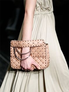 valentino-medium-rockstud-spike-quilted-bag-beige-4