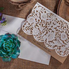 Personalizado Dobrado no Topo Convites de casamento Cartões de convite-50 Peça/Conjunto Estilo Artístico / Estilo Floral Arte de Papel de 2016 por R$266.66