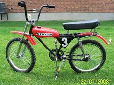 Old Bicycle, Bicycle Race, Cool Bicycles, Cool Bikes, Vintage Bmx Bikes, Velo Retro, Bmx Cruiser, E Motor, Power Bike