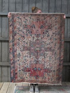 vintage kids furnitures , designer, lovely and curious things for adults and for kids. Bohemian Style, Bohemian Rug, Vintage Children, Kids Furniture, Rugs, Image, Design, Home Decor, Gypsy Wagon