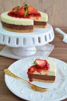 Torta mousse de chocolate com morangos - Hershey's