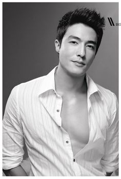 Welcome to Please watch this space for all the latest news & updates about the upcoming drama 'Fugitive' (Runaway) starring Rain, Lee Na Young, Lee Jung Jin, Daniel Henney, & Yoon Jin Seo! Daniel Henney, Korean American, Korean Men, Half Korean, Sexy Asian Men, Sexy Men, Most Handsome Korean Actors, Asian Men Hairstyle, Hot Actors