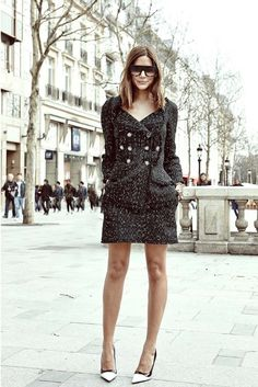 41a71ecda06e Christine Centenera  Chanel jacket and skirt