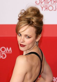 Rachel McAdams updos - best chingon updo for Evening - http://hairstylesweekly.com