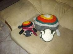 Tortuga madre e hija amigurimi en técnica crochet