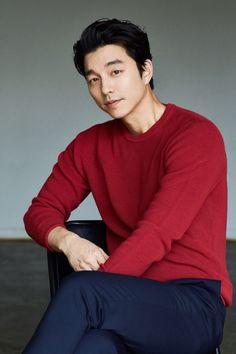 Goblin really destroyed my life lol Korean Star, Korean Men, Drama Korea, Korean Drama, Asian Actors, Korean Actors, South Corea, Goblin Gong Yoo, Yoo Gong