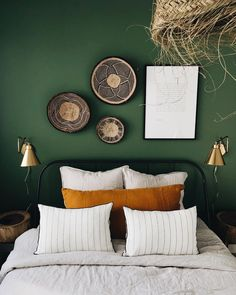 home decor bedroom Bedroom Apartment, Home Bedroom, Bedroom Decor, Bedroom Color Schemes, Bedroom Colors, Ideas Dormitorios, Bedroom Green, My New Room, Home Decor Inspiration