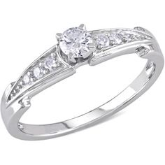 1/4 Carat T.W. Round-Cut Diamond Engagement Ring in Sterling Silver