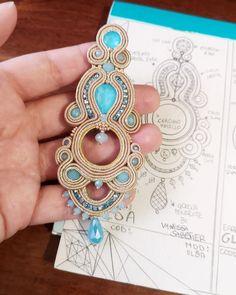 Handmade Jewelry Earrings designed and created by Vanessa Sabstier Jewellery Sketches, Jewelry Drawing, Fabric Jewelry, Boho Jewelry, Shibori, Handmade Necklaces, Handmade Jewelry, Soutache Necklace, Embroidery Jewelry