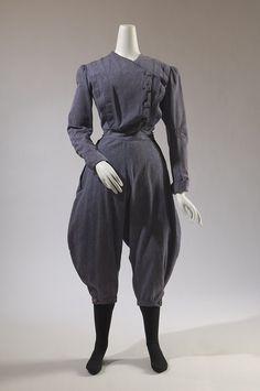 Gym fashion....circa 1896.