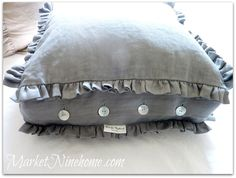 LOVE this pillow!  Try pleats instead of ruffles <3