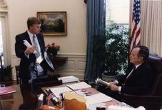 Dan Quayle with President George H. Bush in the Oval Office Dan Quayle, Oval Office, Presidents