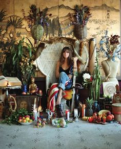 Cat Power and her magnificent backdrop of cacti. I want my backyard to look like this.