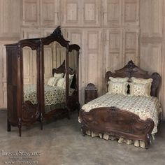1021 Best Antique Bedroom Furniture / Beds images in 2019 | Antique ...