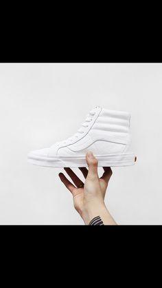 9816d1843b 85 Best Shoes images in 2019