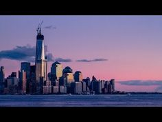 Published on Apr 29, 2013 One World Trade Center is topped out! The latest update/time lapse from the One World Trade Center, showing the co... www.netkaup.is