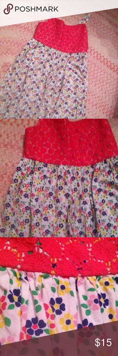 Girls dress size 8 Floral dress with pink lace detail. Girls size 8 by Beebay Dresses