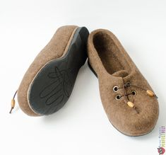 """Туфли женские ручной работы из войлока """"Туфельки для Грэтхен"""" – купить в интернет-магазине на Ярмарке Мастеров с доставкой Felt Boots, Moccasins, Slippers, Flats, Shoes, Fashion, Loafers & Slip Ons, Moda, Loafers"""