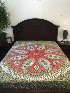 Coral Paisley Mandala Tapestry / Mandala Wall Hanging / Mandala Bedspread - VIVI & SAM