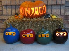 Our Ninjago pumpkin display. Halloween Party Kostüm, Halloween Costumes To Make, Holidays Halloween, Halloween Pumpkins, Halloween Crafts, Halloween Decorations, Halloween Ideas, Lego Pumpkin, Pumpkin Crafts