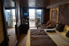 msc divina Yacht Club