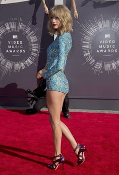 Taylor Swift - 2014 MTV VMAs - Red Carpet