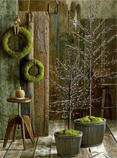 30 Unique Christmas Tree Stand Decoration Ideas – Weihnachten – – My World Unique Christmas Trees, Natural Christmas, Noel Christmas, Modern Christmas, Country Christmas, All Things Christmas, Winter Christmas, Christmas Tree Decorations, Holiday Wreaths