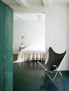 black butterfly chair outside of bedroom via the style files. / sfgirlbybay