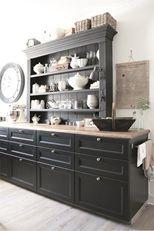 Love the oversized style 1940s Kitchen, New Kitchen, Kitchen Decor, Kitchen Ideas, Ranch Kitchen, Country Kitchen, Country Life, Kitchen Dishes, Kitchen Cabinets