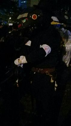 Plague doctor cosplay