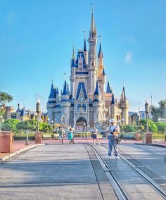 ✧☼☾Pinterest: DY0NNE #Disney
