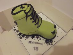 green boot! www.the-cakes-that-tracey-makes.co.uk