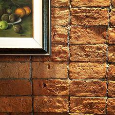 """E por aqui tudo é """"fotografável"""".. Detalhes de um bistrô que é só amor! O que dizer desse tijolinho aparente que a gente ama?! 📸✨⏳📻❤️ #anapauladesaarquitetura #lar156 #diáriodeobra #decoração #arquitetura #architecture #architecturelovers #detalhes #details #interiordesign #interiores #decor #CaboFrio #CF #RJ #feriado #paraíso #praia #sol #mar #descanso #sossego #viagem #travel #miniférias #bistrô #tijolinhoaparente #vintage #retro #brazil"""