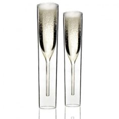 Champagne Flute (Set of 2)      Quick Overview  Dutch-designed stylish InsideOut glasses for your bubbly. Double-walled glass keeps your champagne cold for much longer.  Ships Worldwide. Ships in 1 to 2 days.    $59.00