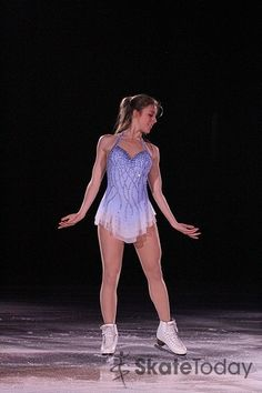 2012 Stars On Ice Halifax - © David Carmichael - Ashley Wagner - Skate Today Photo Gallery Figure Skating Outfits, Figure Skating Costumes, Figure Skating Dresses, Skater Tattoos, Dance Outfits, Cool Outfits, Skater Guys, Ashley Wagner, Skater Girl Style