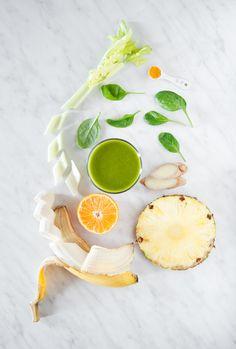 Strengthening green smoothie with sea buckthorn mousse / Wzmacniające zielone smoothie z rokitnikiem